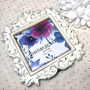 NWOT- CYNTHIA ROWLEY Ornate White picture frame